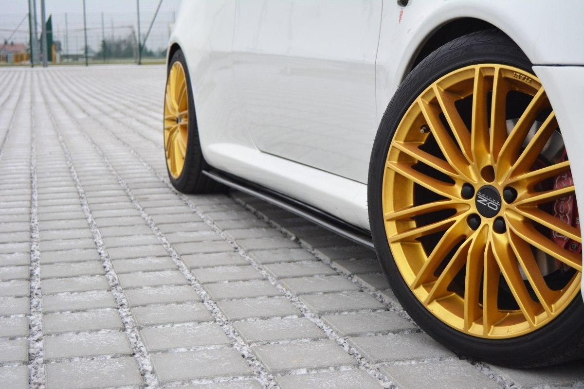 Dokładki Progów Alfa Romeo GT - GRUBYGARAGE - Sklep Tuningowy